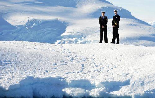 Click image for larger version.  Name:iceberg_medal.jpg Views:5 Size:32.3 KB ID:13333